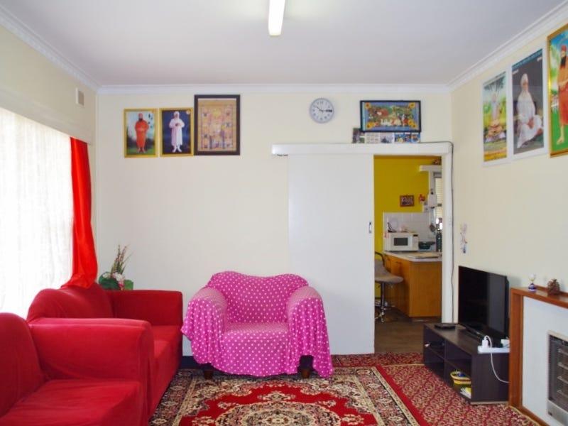 98 Thurk Street, Renmark, SA 5341