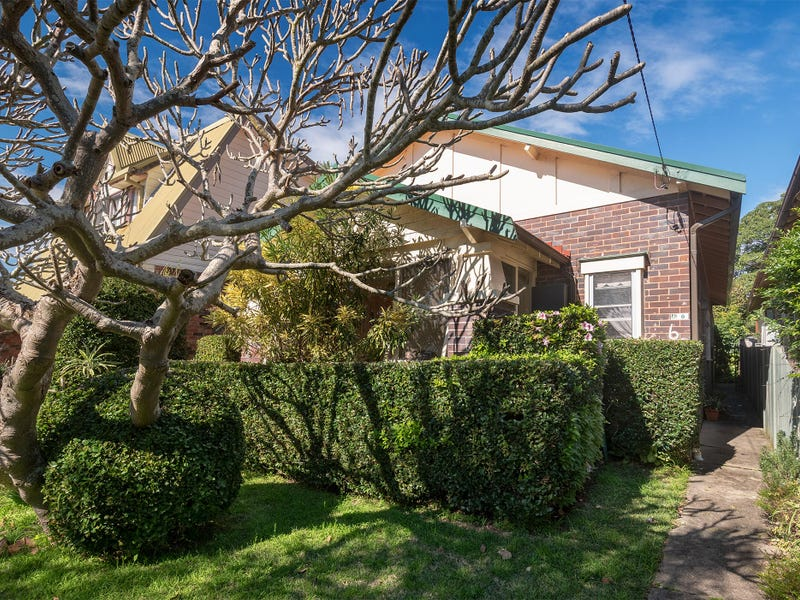 6 Surfers Parade, Freshwater, NSW 2096