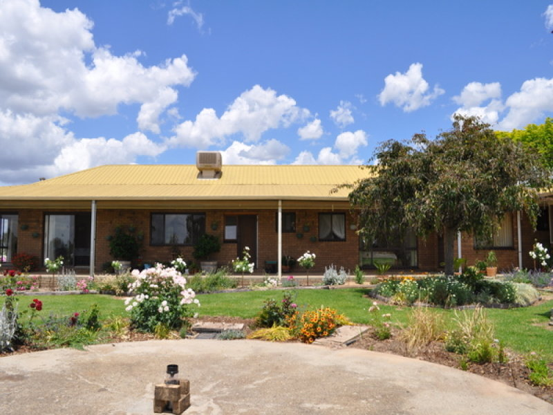 311 Walla Road, Gerogery, NSW 2642