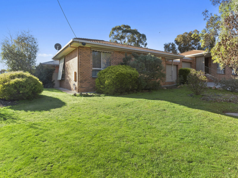 1/33 Clee Crescent, Strathdale, Vic 3550