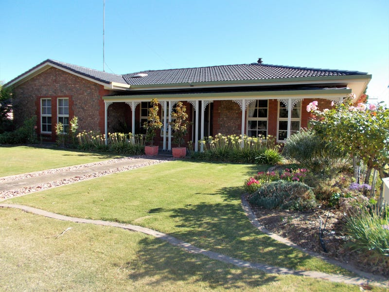25 Cannawigara Road, Bordertown, SA 5268