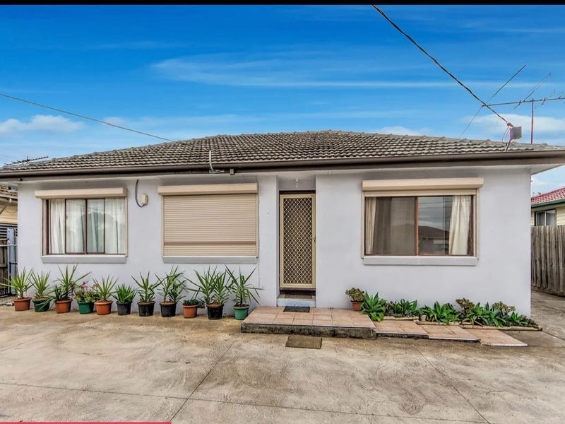 44 Andrew Road, St Albans, Vic 3021