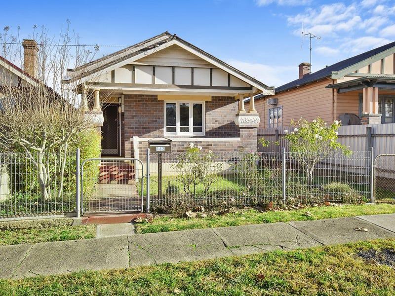 162 Clinton Street, Goulburn, NSW 2580