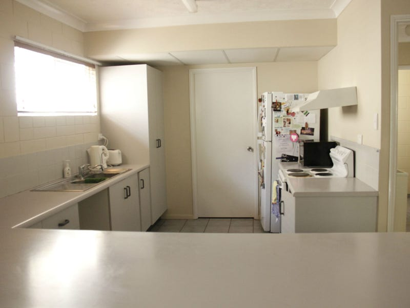 8/12 Old Common Road, Belgian Gardens, Qld 4810