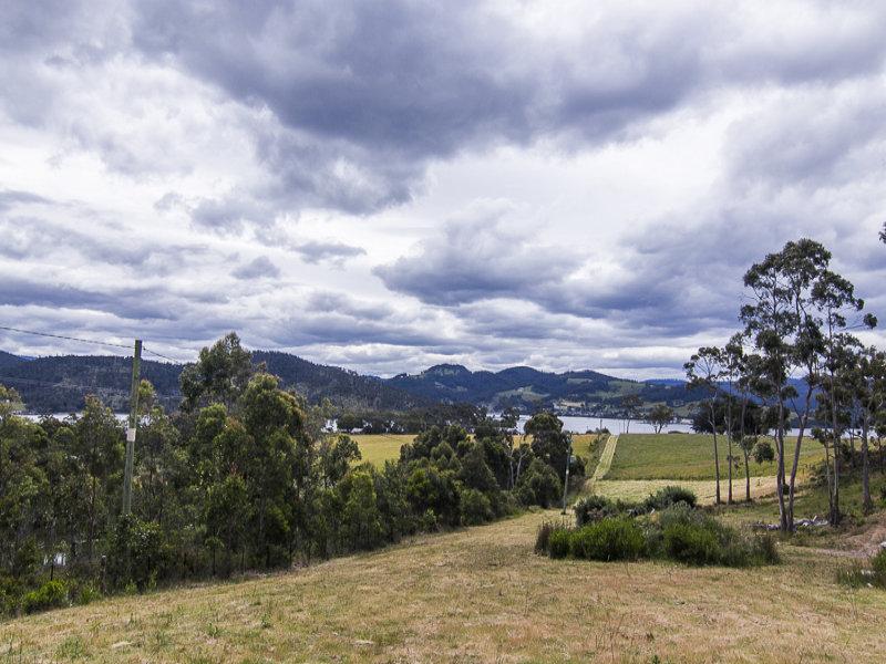 Walters  Road, Wattle Grove, Tas 7109