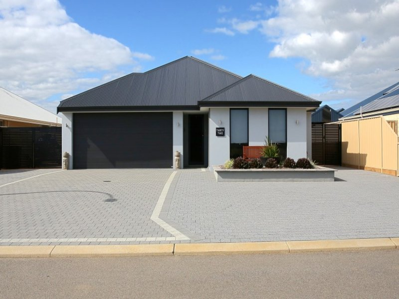 32 Swordfish Vista, Sunset Beach, WA 6530