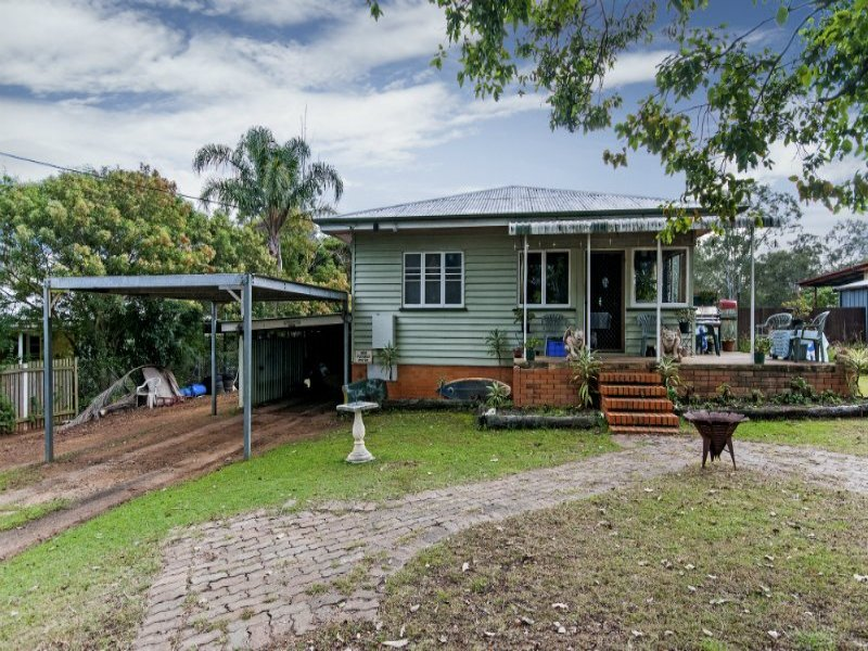34 Alice Street, Blackstone, Qld 4304