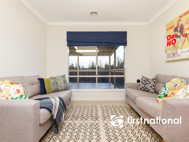7 Lancaster Way, Beaconsfield, Vic 3807