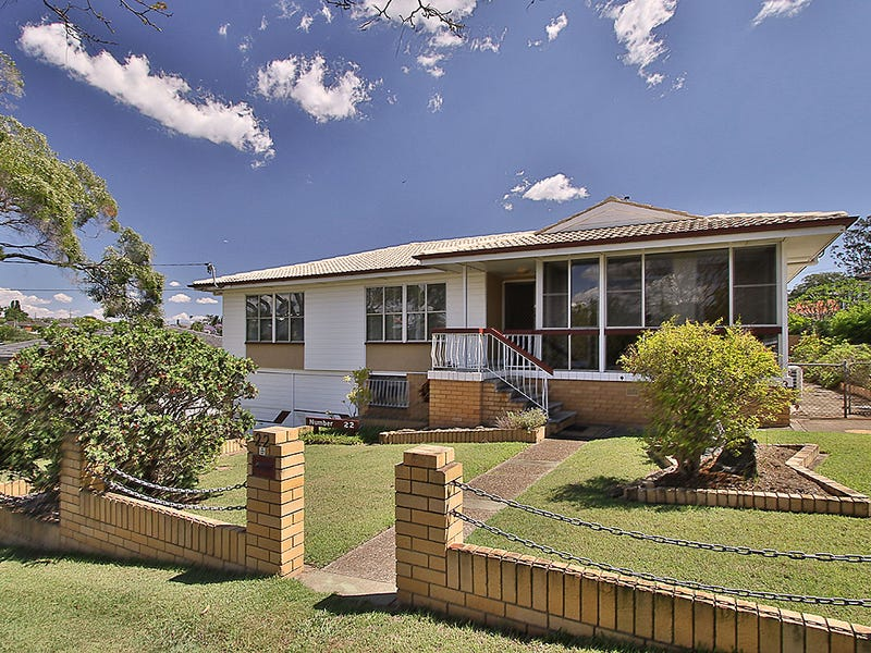 22 Condong Street, Mansfield, Qld 4122