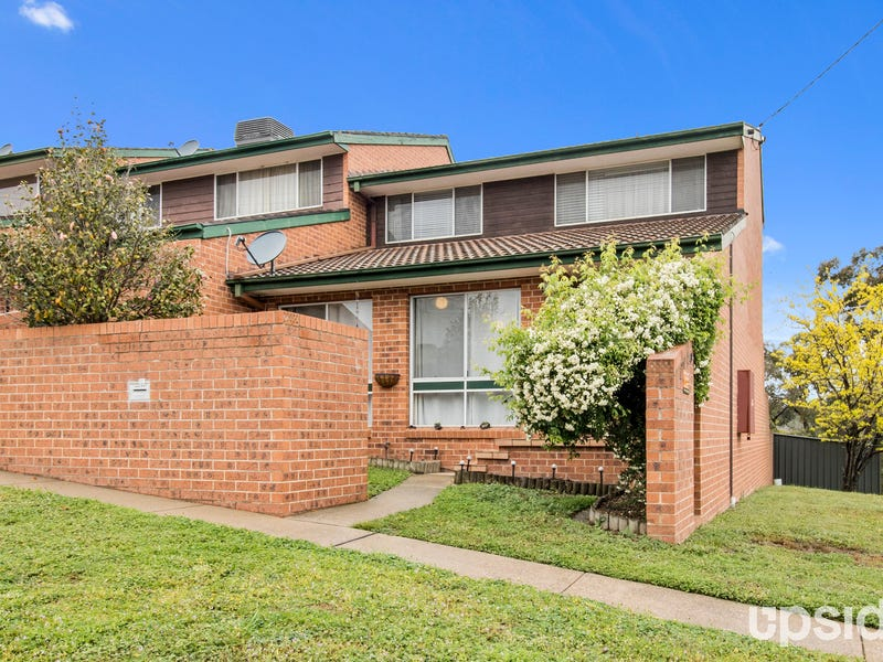 1/49 John Bull Street, Queanbeyan West, NSW 2620