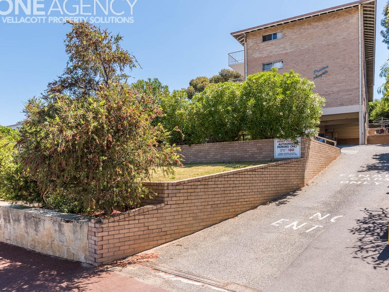 2/9 Preston Point Road, East Fremantle, WA 6158