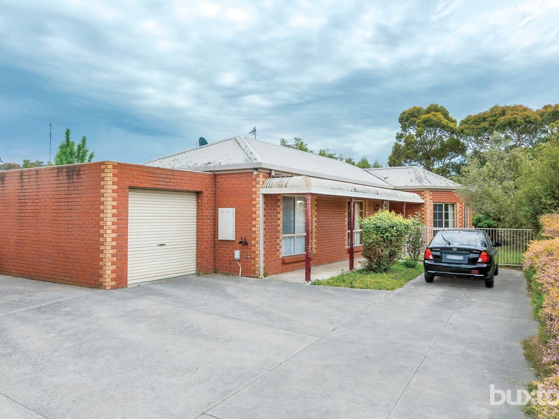 2/2 Cartledge Avenue, Mount Clear, Vic 3350
