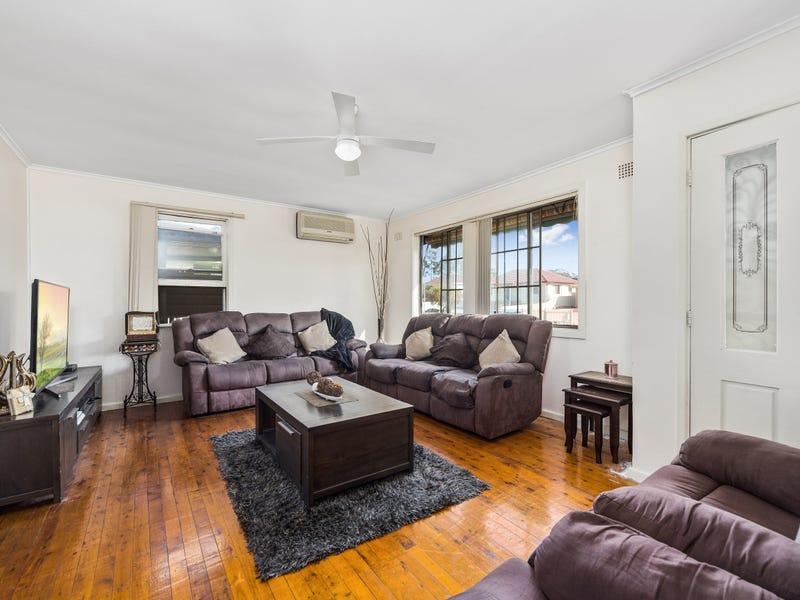 12 Hull Avenue, Lurnea, NSW 2170