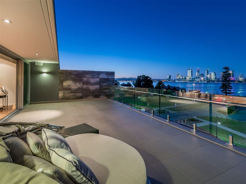 4 Witcomb Place, South Perth