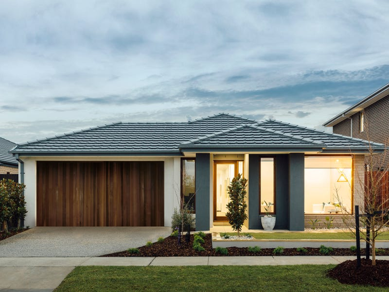 Lot 1143 Tarheel Street (The New Bloom), Clyde North, Vic 3978