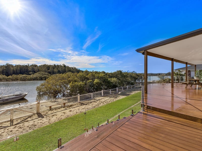 3 Beachfront Parade, St Huberts Island, NSW 2257