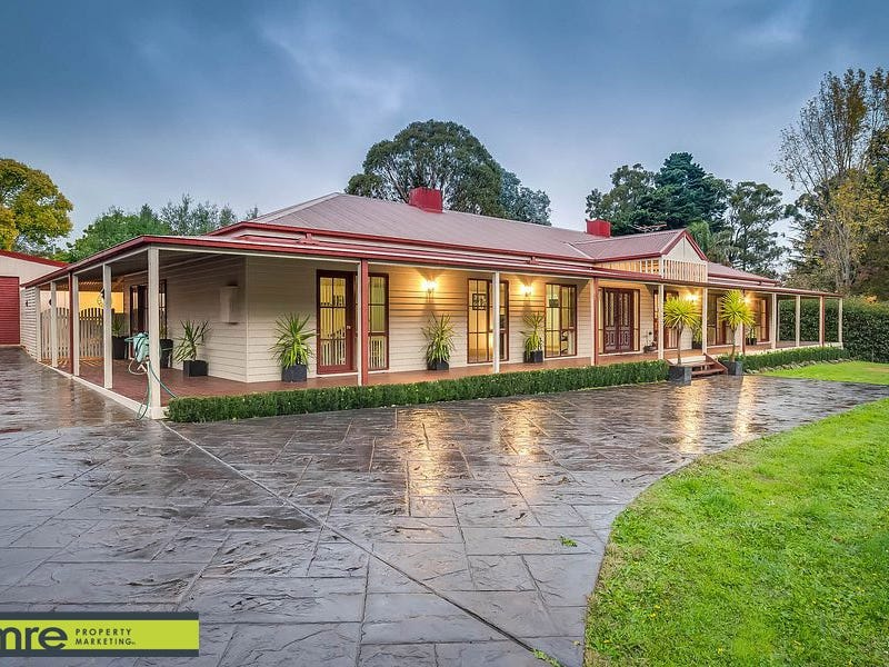 317 Monbulk Road, Silvan, Vic 3795