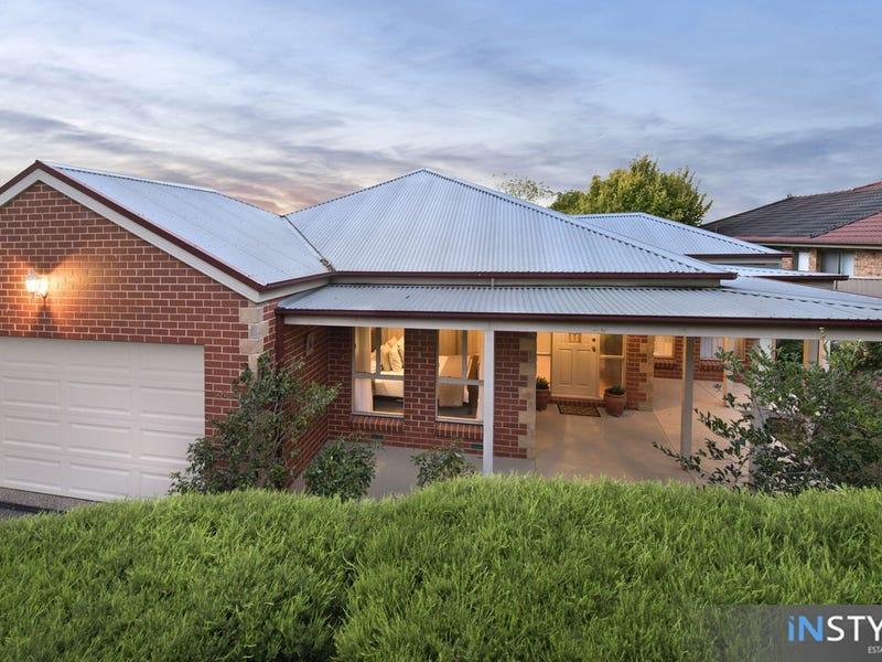 11 Sycamore Street, Jerrabomberra, NSW 2619