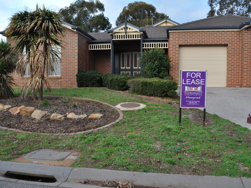 26 Isabella Grove, Strathdale, Vic 3550