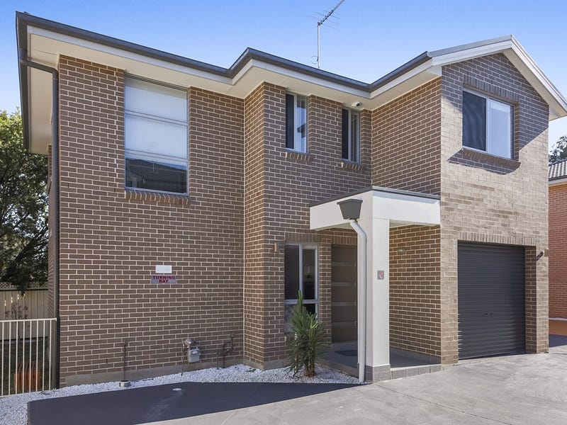 Townhouse 5, 46 Earle Street, Doonside, NSW 2767