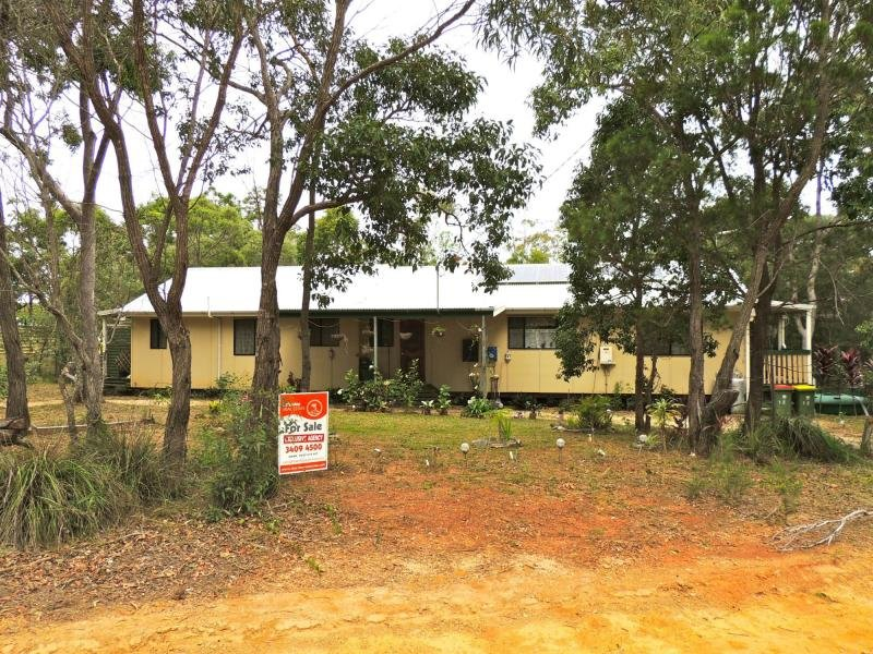12-14 Pier Haven, Lamb Island, Qld 4184
