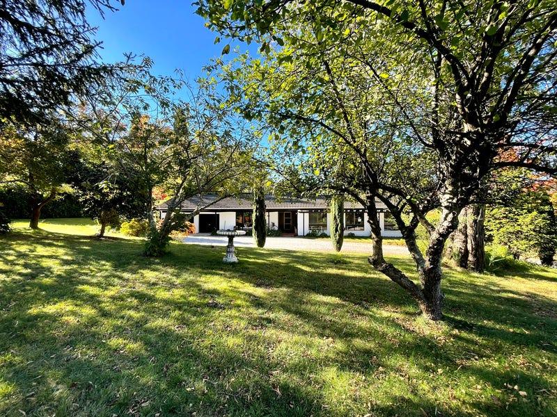 17 Fairway Drive, Bowral, NSW 2576