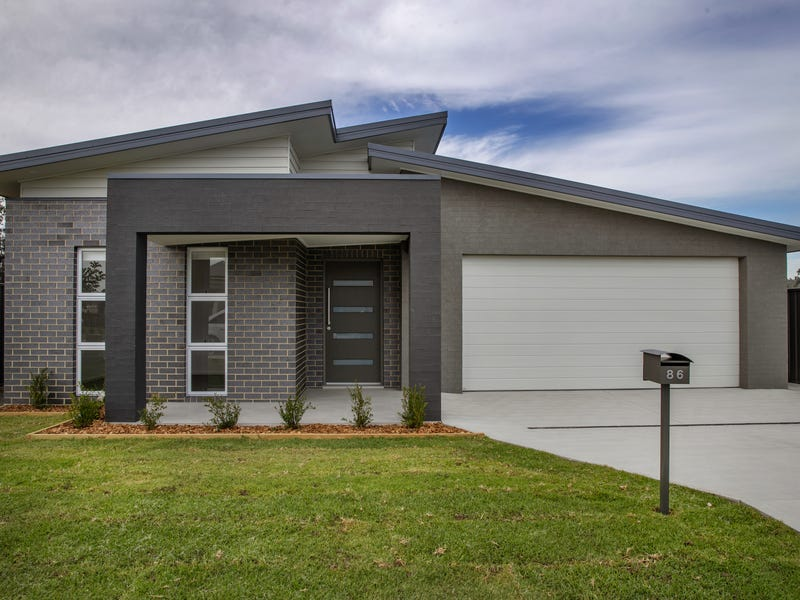 86 Grand Pde, Rutherford, NSW 2320