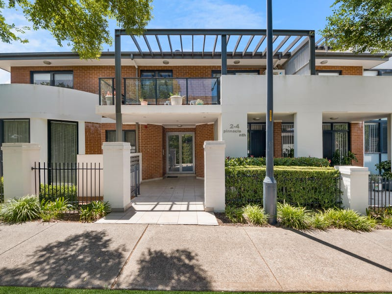 206/2-4 Parc Guell Drive, Campbelltown, NSW 2560