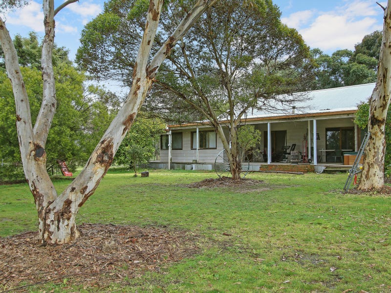431 Castle Hill Road, Swanpool