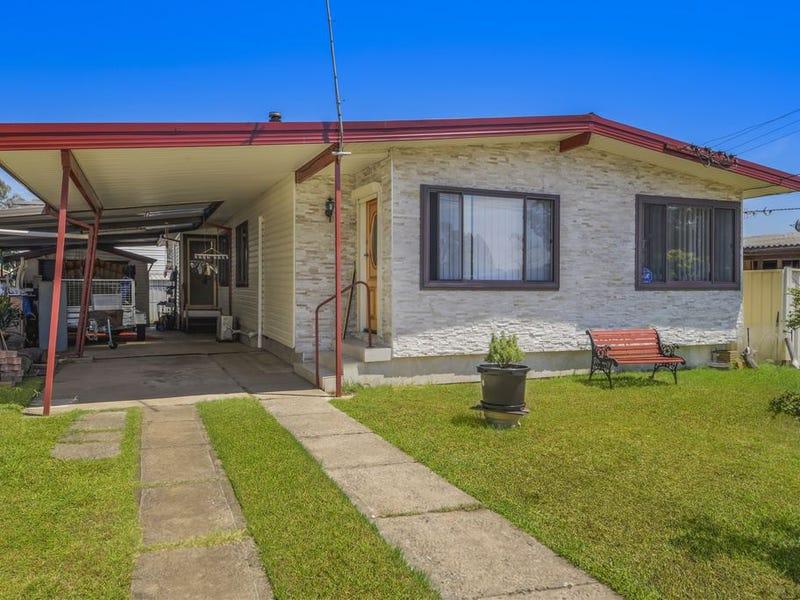 11 Wendouree Street, Busby, NSW 2168