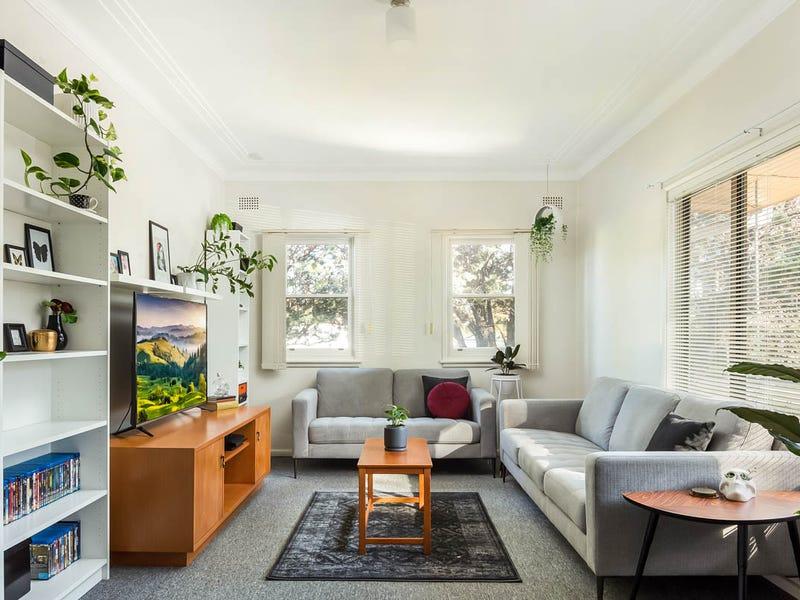 65 Deakin Street, Oak Flats, NSW 2529