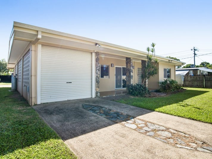 2 Walnut Close, Manoora, Qld 4870