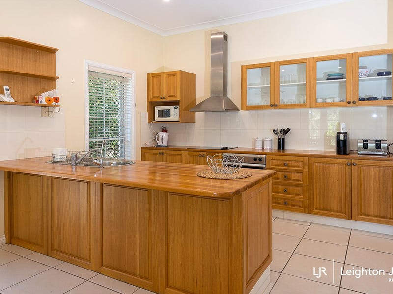 2 Bielby Road, Kenmore, Qld 4069