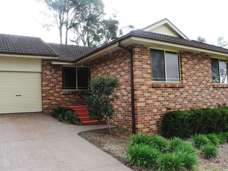 B/2 Cassam Place, Valley Heights, NSW 2777