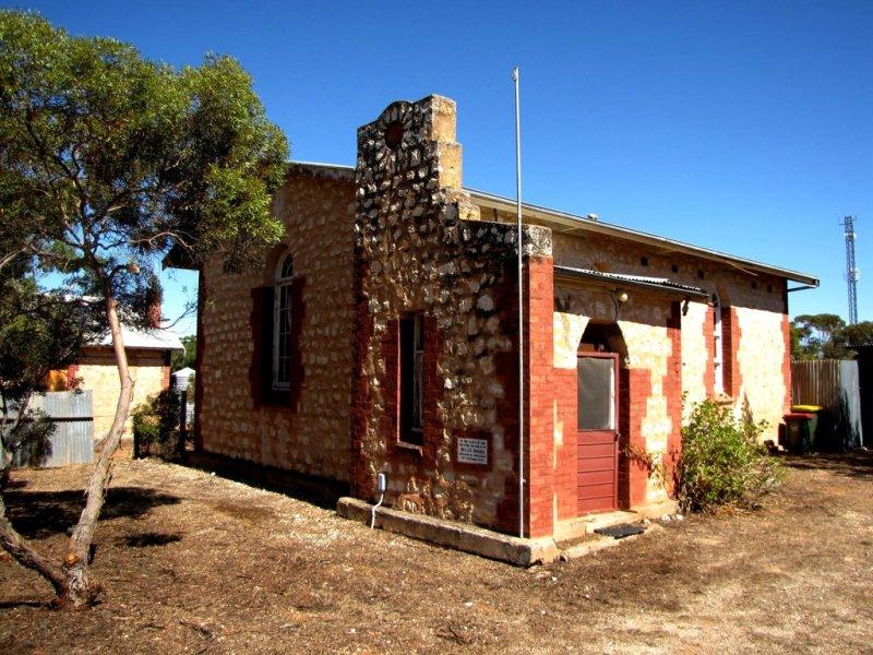 16 Railway Terrace, Paruna, SA 5311