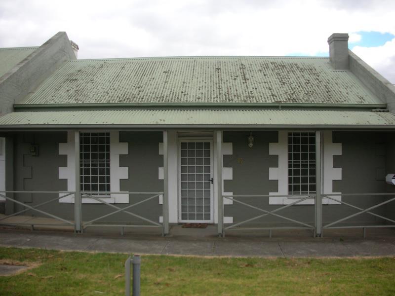 6 Villamanta Street, Geelong