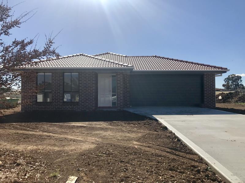 87 Kenny Drive, Tamworth, NSW 2340