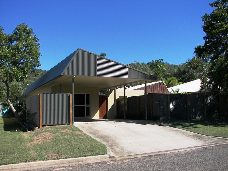 16 Sextant Drive, Nelly Bay