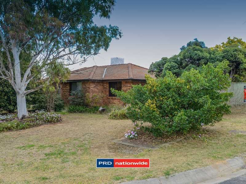 2 Jemmy Place, Oxley Vale, NSW 2340
