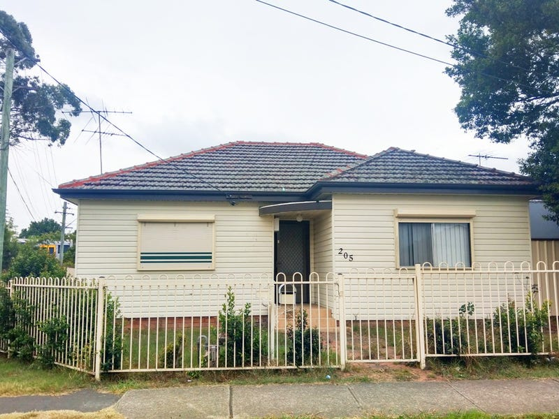 205 Fairfield Street, Yennora, NSW 2161
