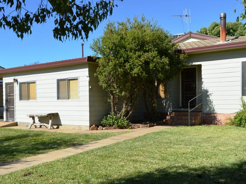 9 Chelmsford Ave, Gilgandra, NSW 2827