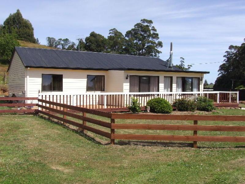 1382 Pine Road, Riana, Tas 7316