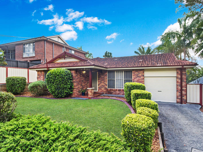 2 Meadow Road, Springfield, NSW 2250