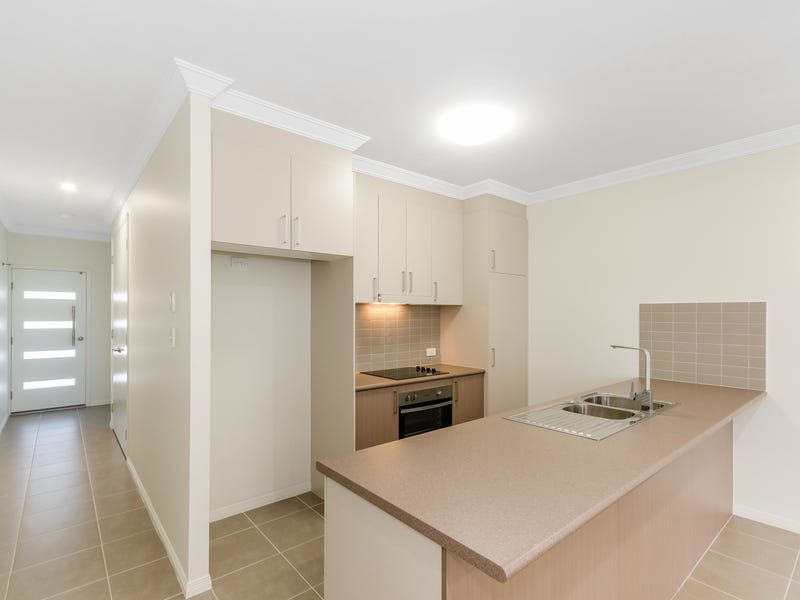 2/8 Limestone Crescent, Condon, Qld 4815