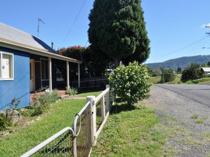 25 Station Street, Eungai Rail, NSW 2441