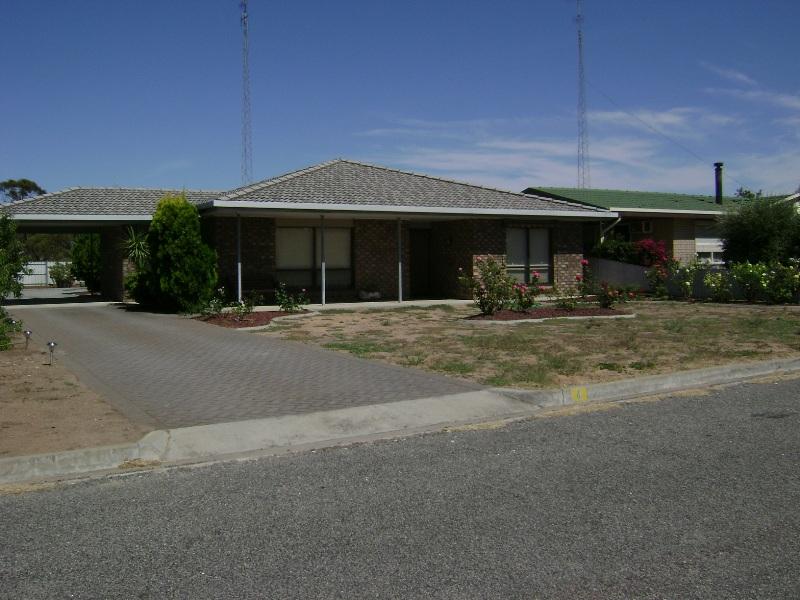 4 Terre St, Lock, SA 5633