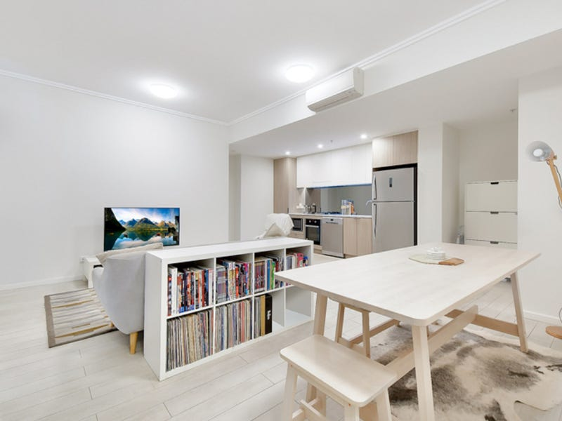 728/1-39 Lord Sheffield Circuit, Penrith, NSW 2750