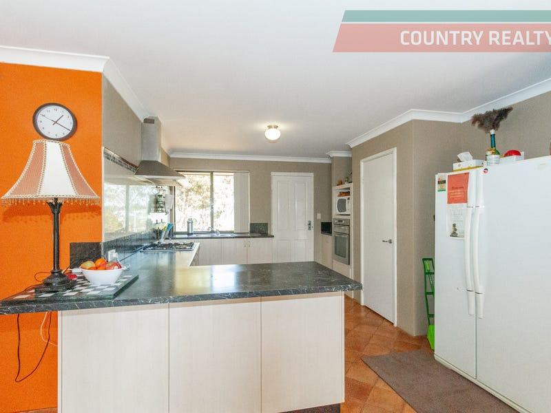 164 Newcastle Street, York, WA 6302
