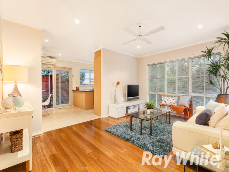 1/23 Woodland Grove, Briar Hill, Vic 3088