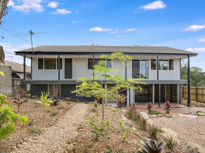 72 Rogers Parade West, Everton Park, Qld 4053